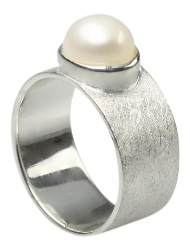 edler geb rsteter 925er silberring mit perle design ringe. Black Bedroom Furniture Sets. Home Design Ideas